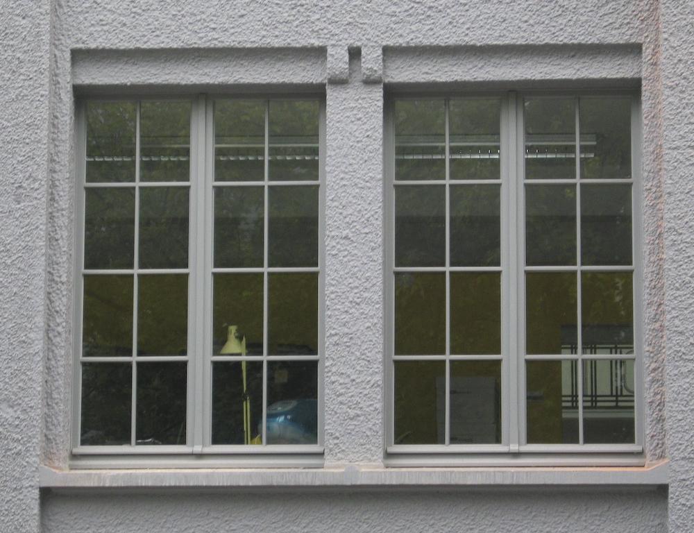 Schrijnwerkerij michiels bvba zele producent van for Houten decoratie voor raam
